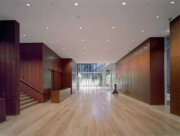 Photo of JPMorgan Chase Lobby