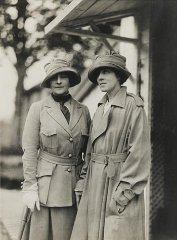Photograph of Anne Morgan and Anne Murray Dike