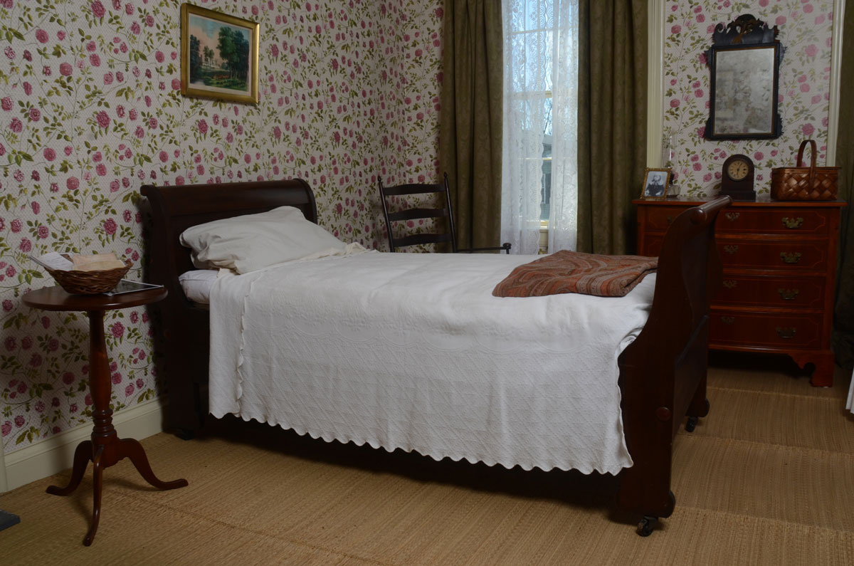 Photo of Emily Dickinson's bedroom