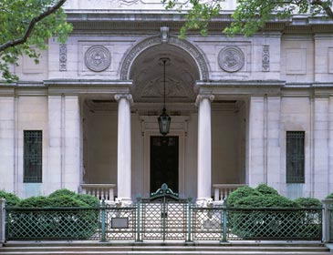 Morgan 1837 1913 Chose Architect Charles Follen Mckim 1847 1909 Of The Prominent Firm Mead And White To Design A Library House His Growing